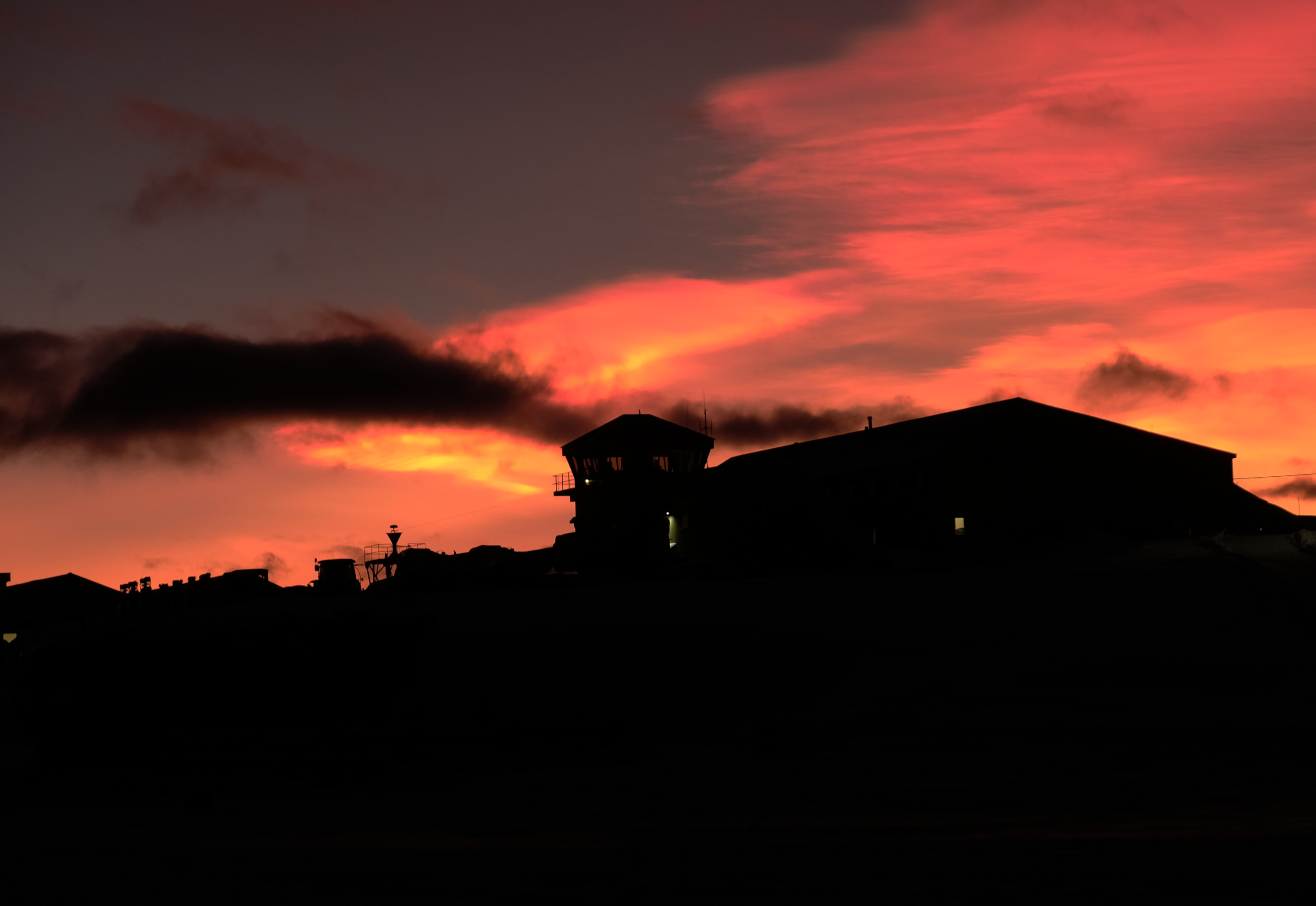 Stratospheric clouds over Rothera